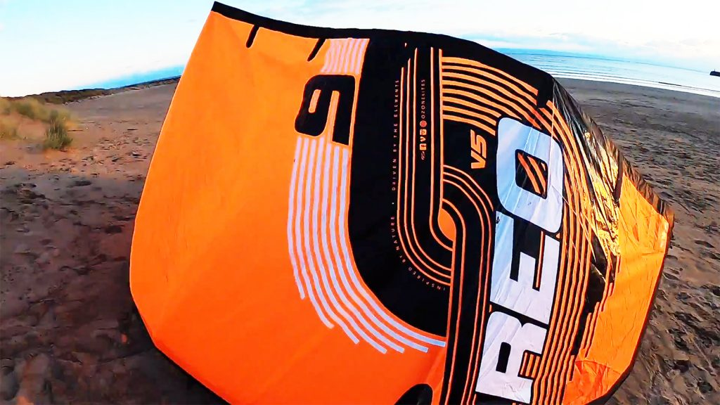 Blast Kiteboarding test the REO V5